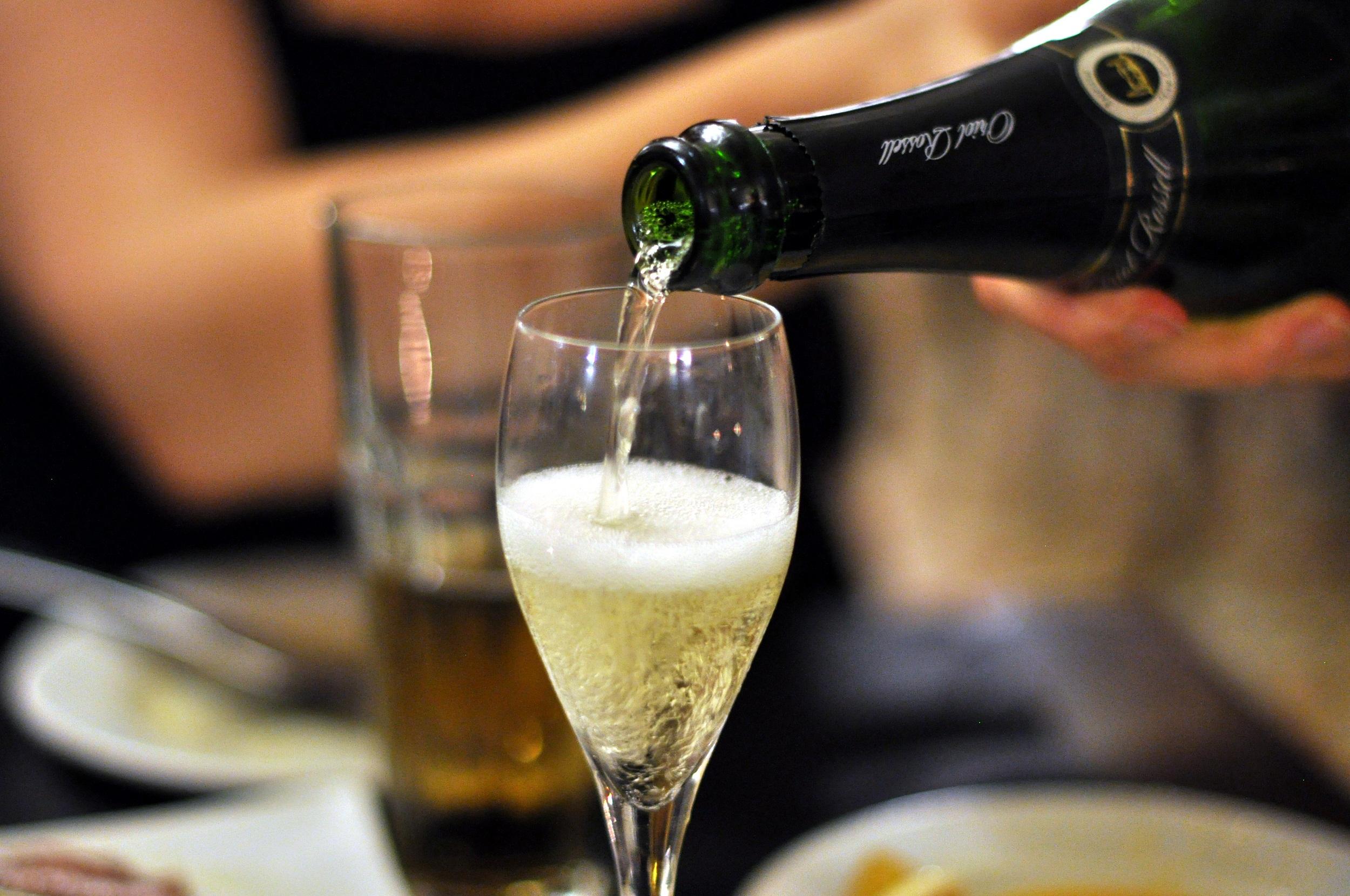 Испанское игристое вино Кава