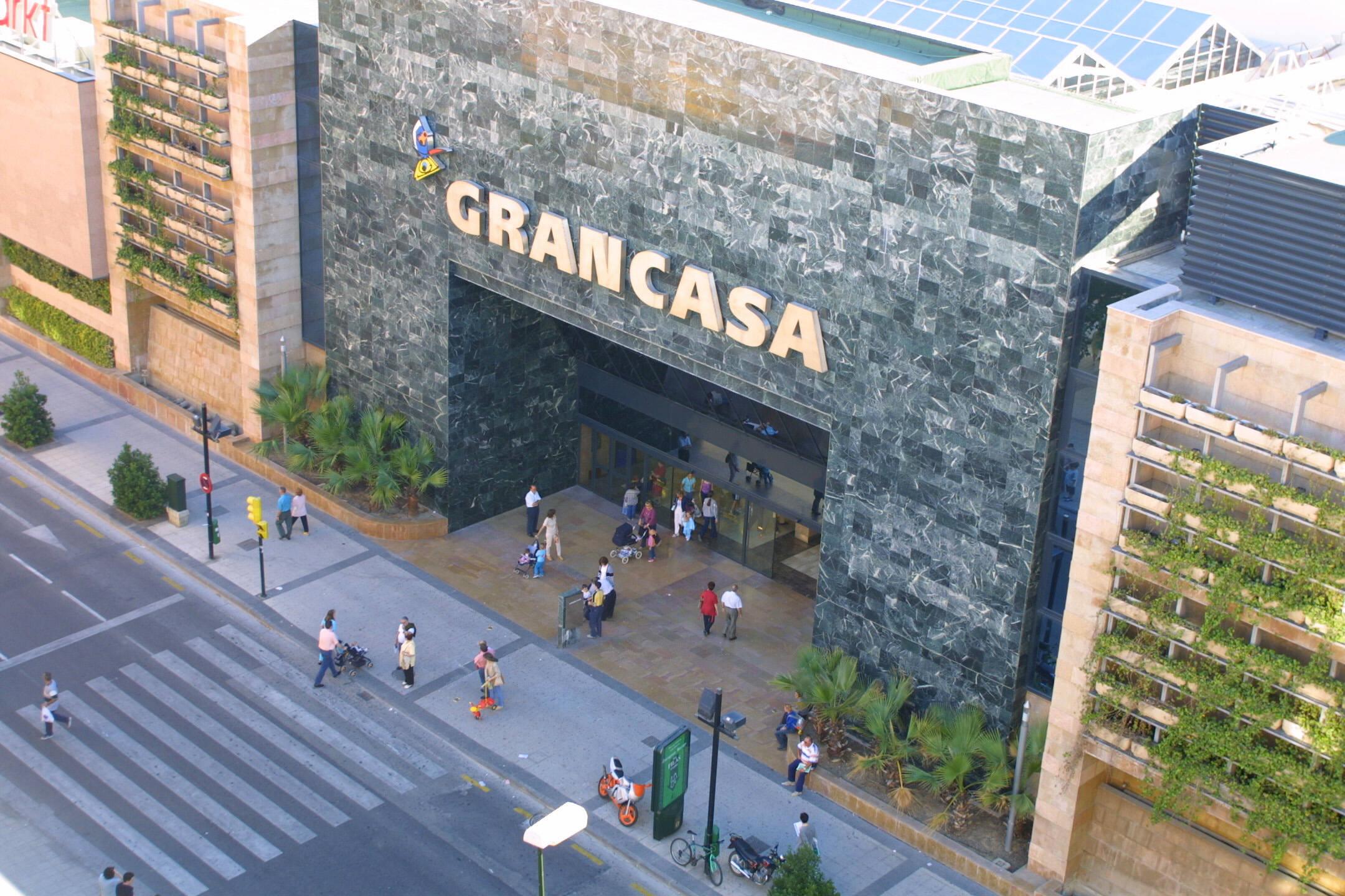 Торговый центр Gran Casa (Calle Maria Zambrano 3)