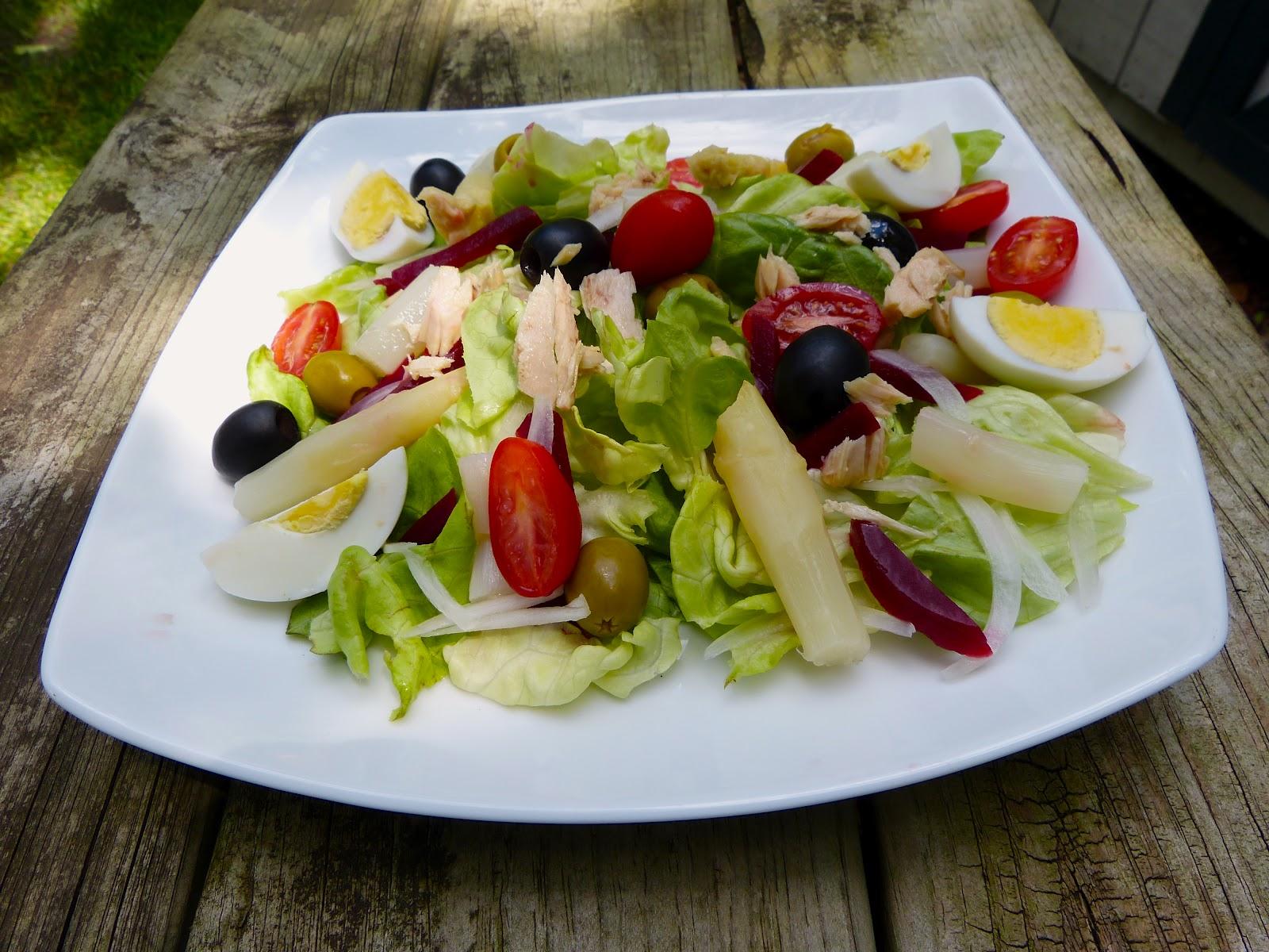 Салат ensalada mixta