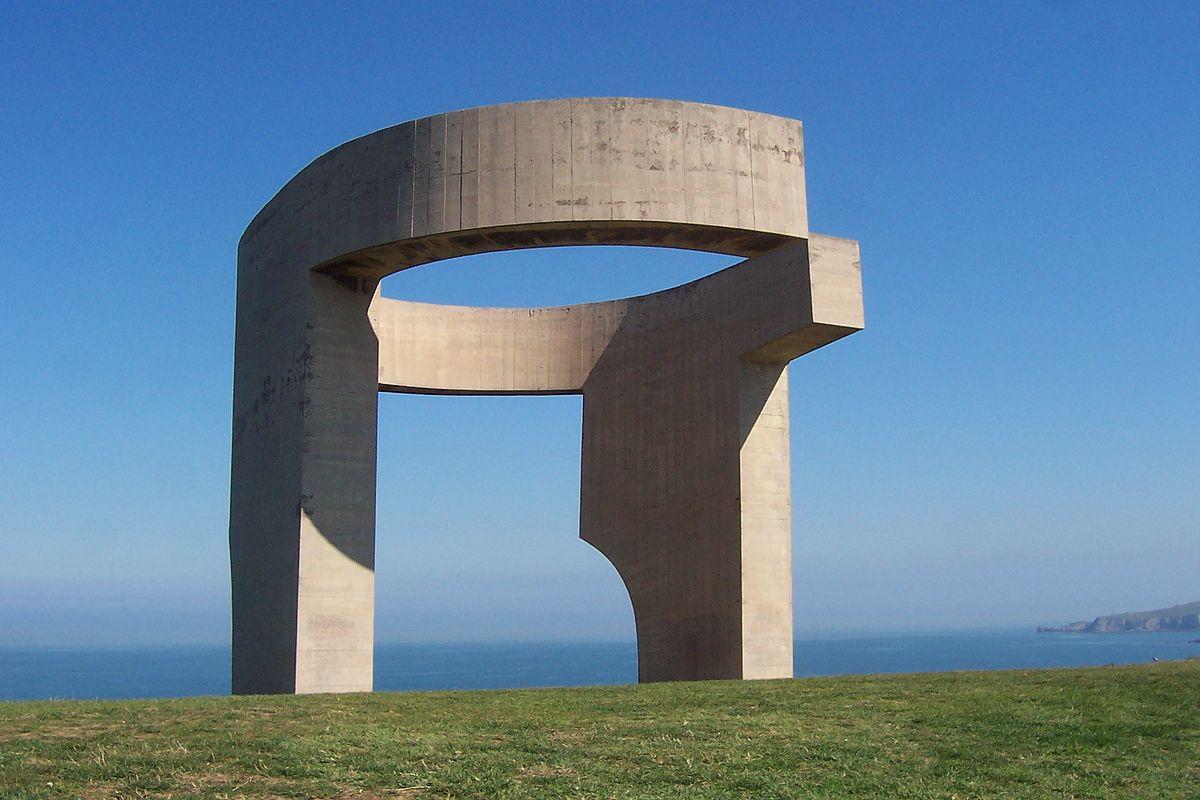 памятник «Восхваление горизонта»