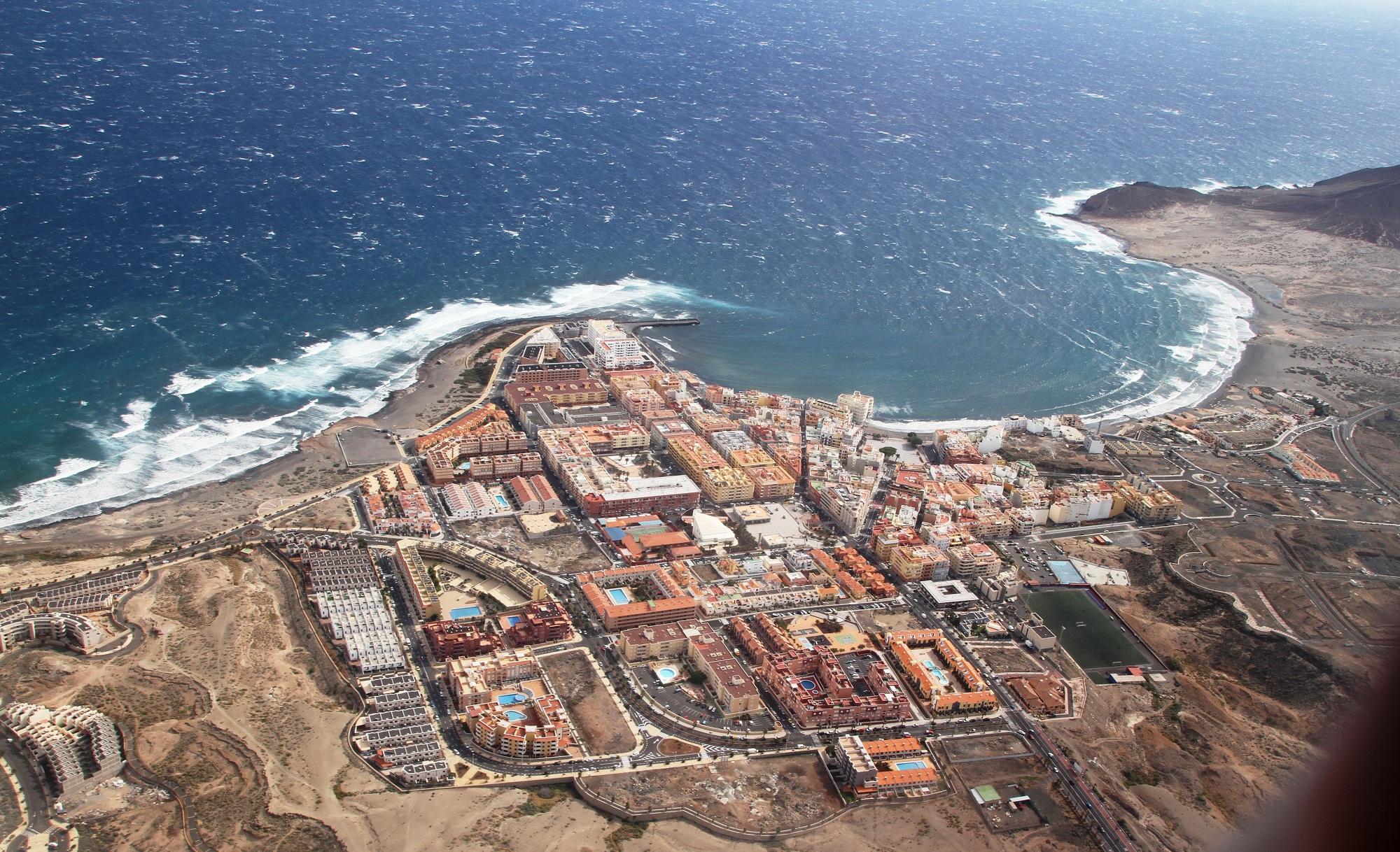 Вид сверху города Эль Медано