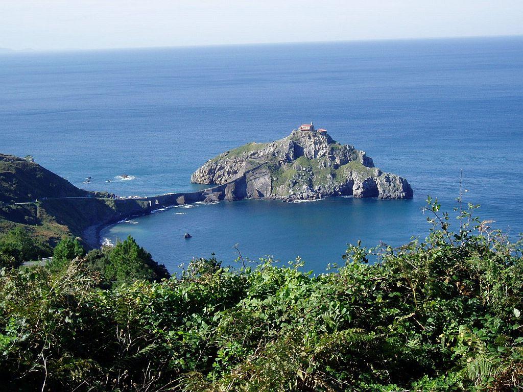 Остров Гастелугаче