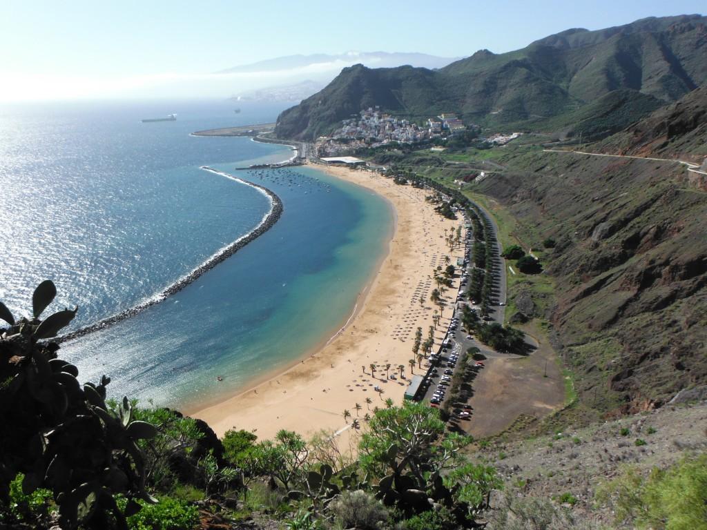 Живописный пляж Плая-де-лас-Тереситас