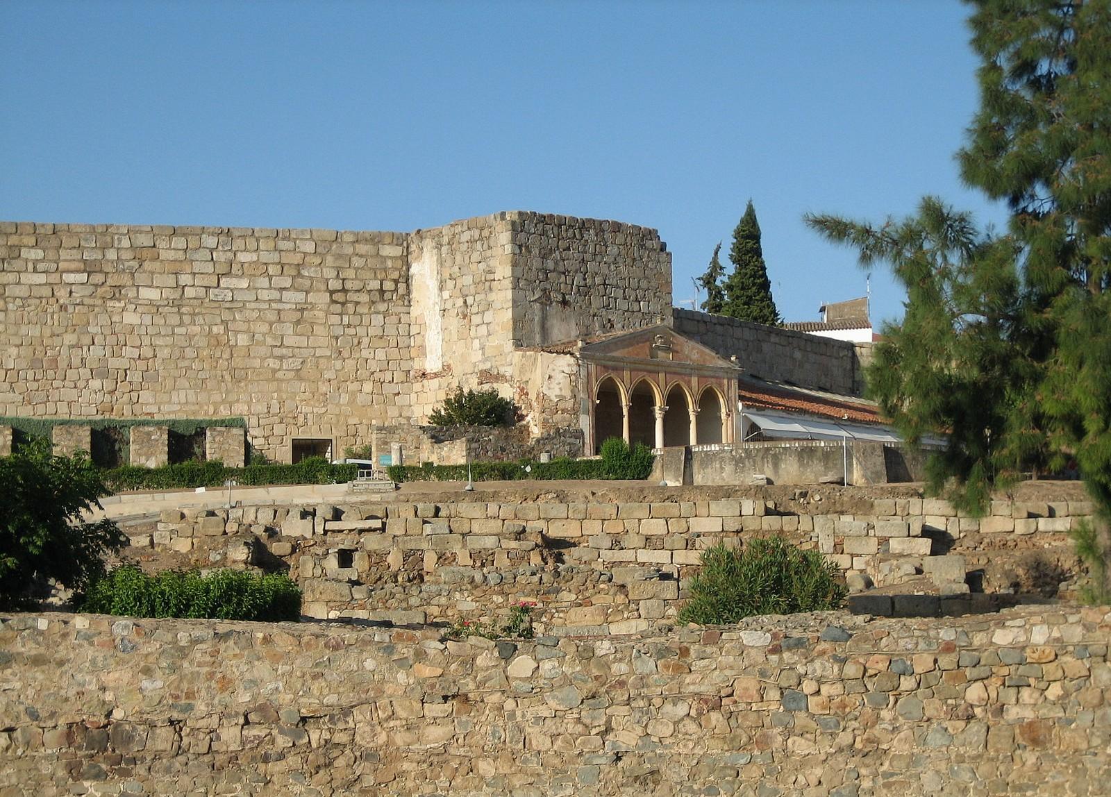 Крепость Алькасаба в Мериде