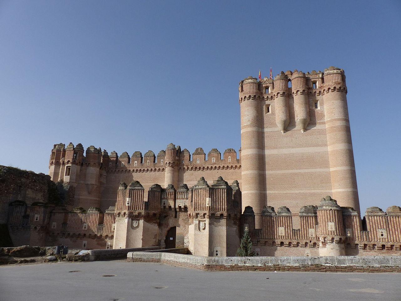 Замок в городе Кока