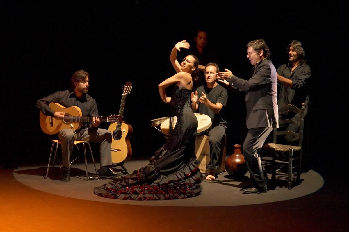 Страстный танец Испании - Фламенко