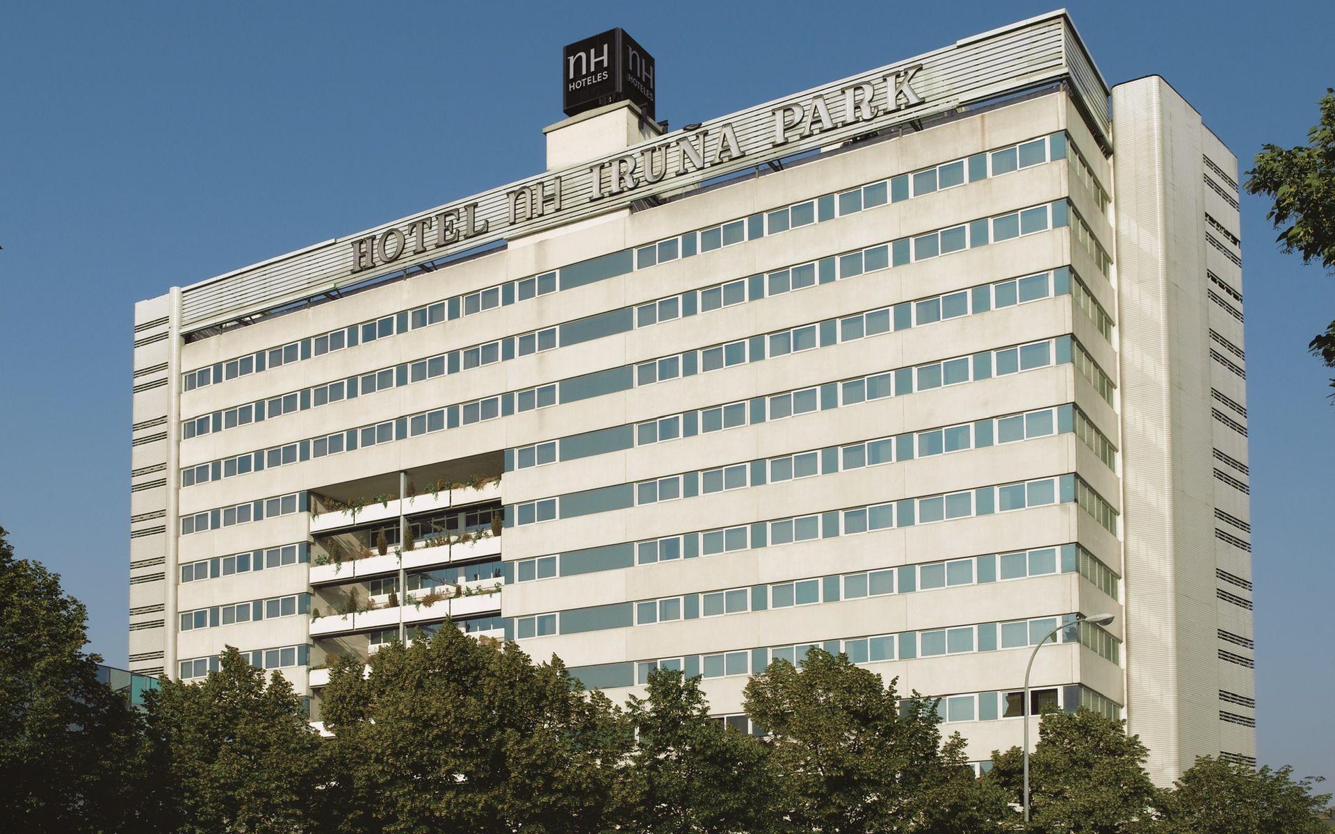 Отель в Памплоне NH Pamplona Iruna Park