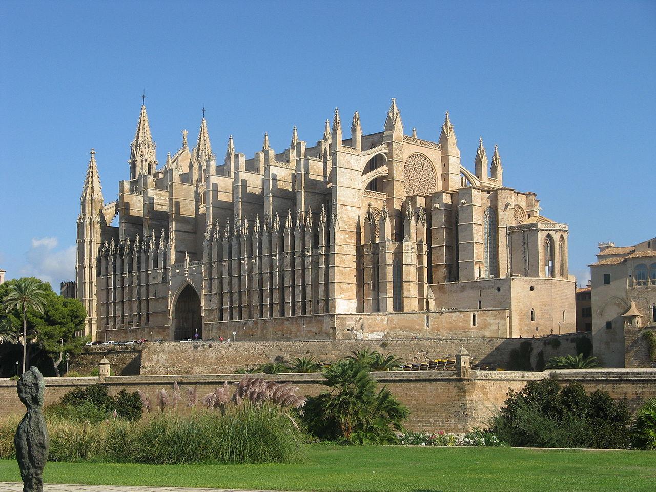 Кафедральный собор в Пальма-де-Мальорке