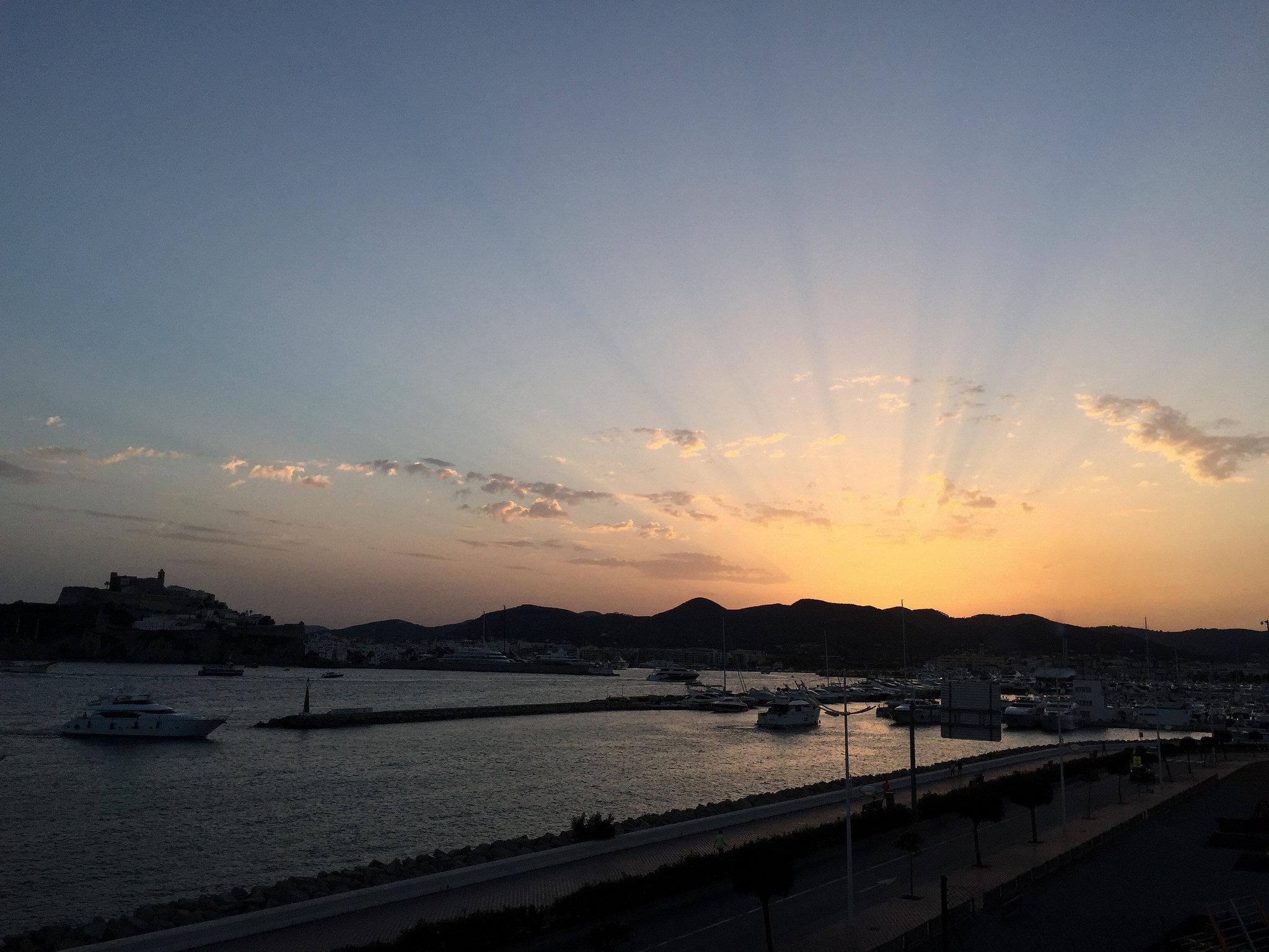 Остров Ибица, Испания: интересные достопримечательности, как добраться, чем заняться, туристические лайфхаки