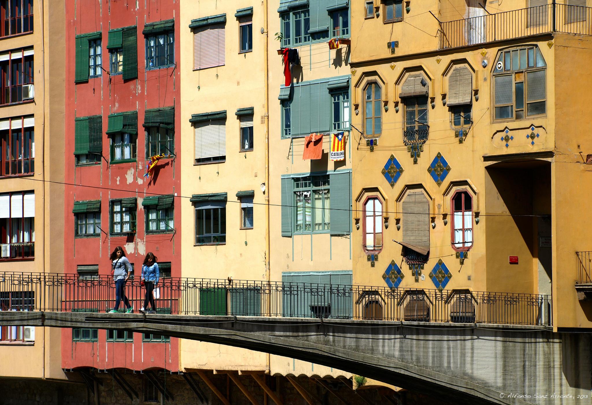 Жирона, Испания: интересные достопримечательности, зачем ехать, куда пойти, хорошие рестораны и отзывы туристов